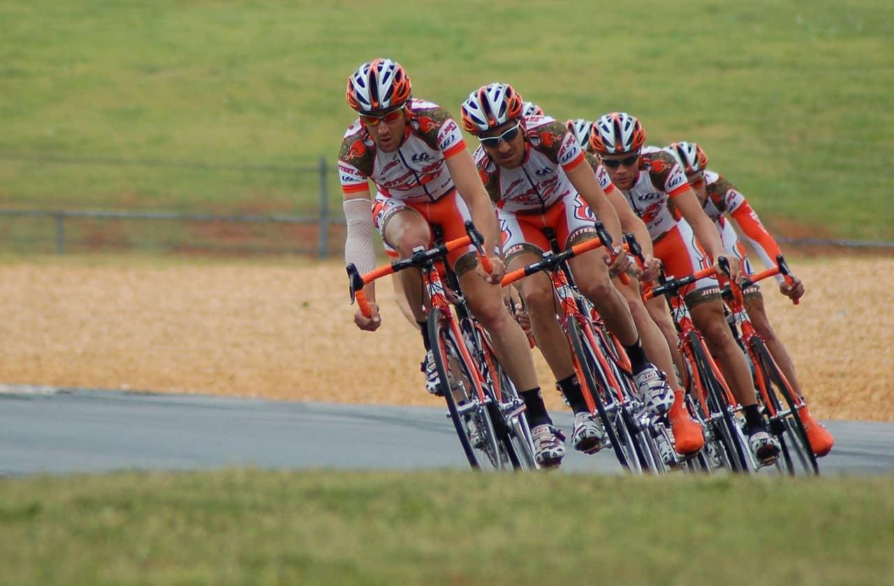 Bild mit Radsportlern aus einem Unternehmen